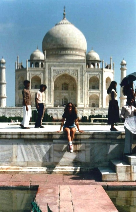 Gisela at the Taj Mahal